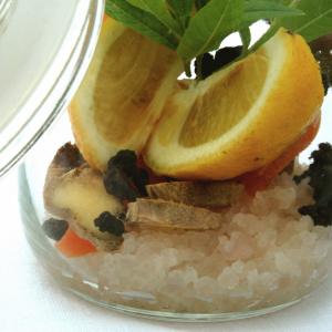 2: Vruchten, smaakmakers en citroen toevoegen